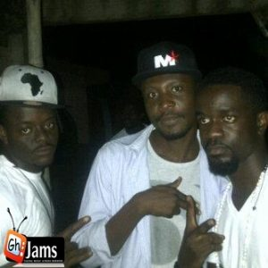 Okomfour Kwadee – S3 Menya Woa (feat. Sarkodie)