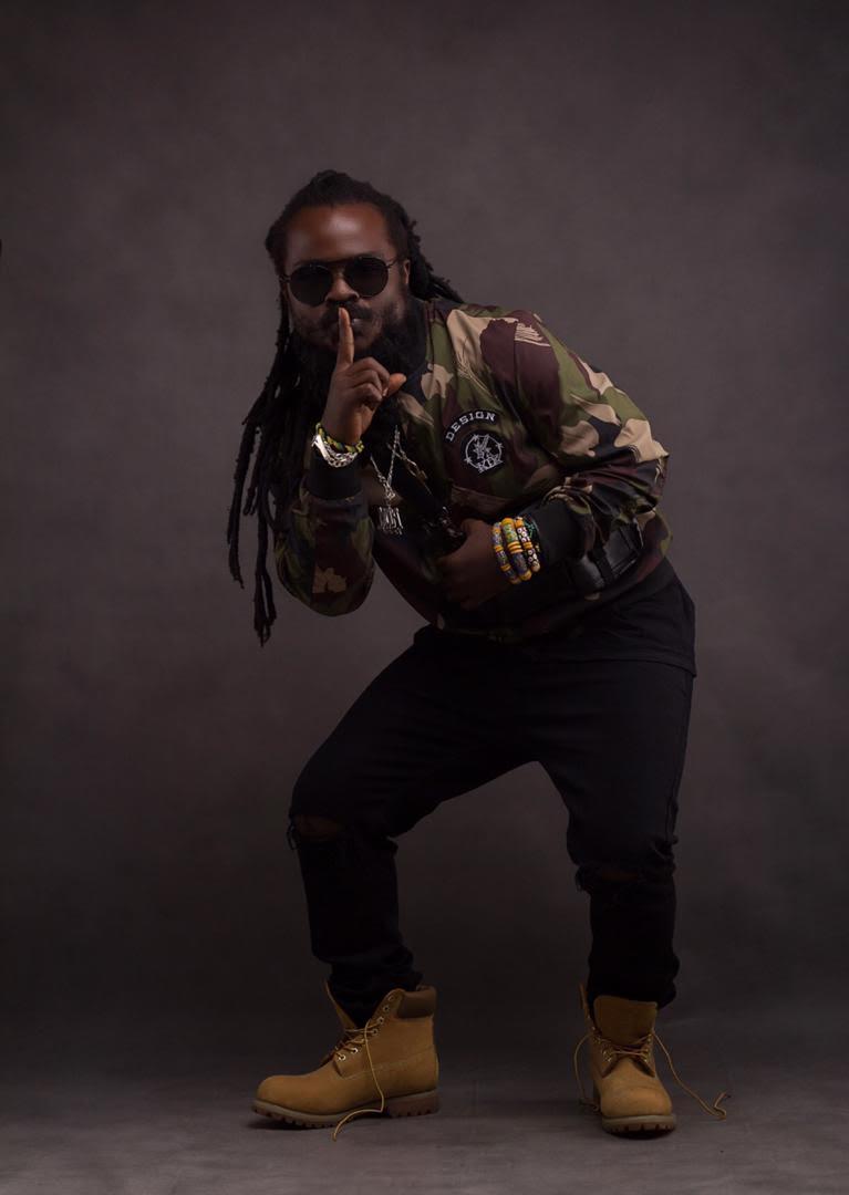 Ras Kuuku - Me Dɔ Rasta (feat Ebony Reigns)
