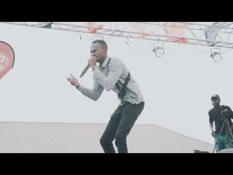 Klu Performs At #VacwithDJMENSAH19