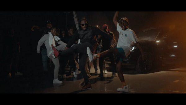 Kofi Mole – Pulele (Feat. Medikal) (Official Video)